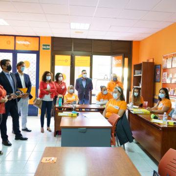 Martín destaca el papel de las entidades sociales de la isla para generar empleo y formación