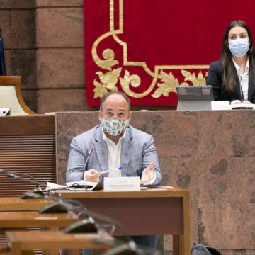 El Gobierno establecerá criterios y zonas favorables para la instalación de parques eólicos en Canarias
