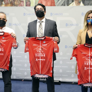 La Vuelta al Teide se celebra este sábado con la participación de 700 ciclistas