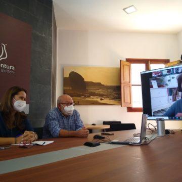 Cabildo y Reserva de la Biosfera participan en un estudio para evaluar la sostenibilidad de Fuerteventura, Lanzarote, Menorca e Ibiza