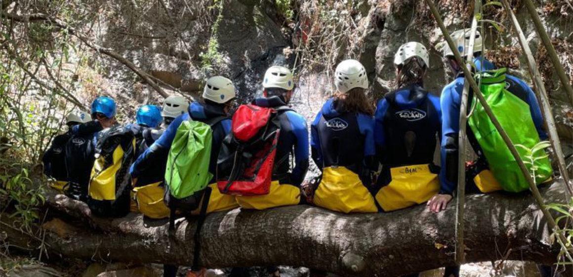 36 jóvenes disfrutaron este verano de experiencias de turismo activo en las islas con el Carné Joven