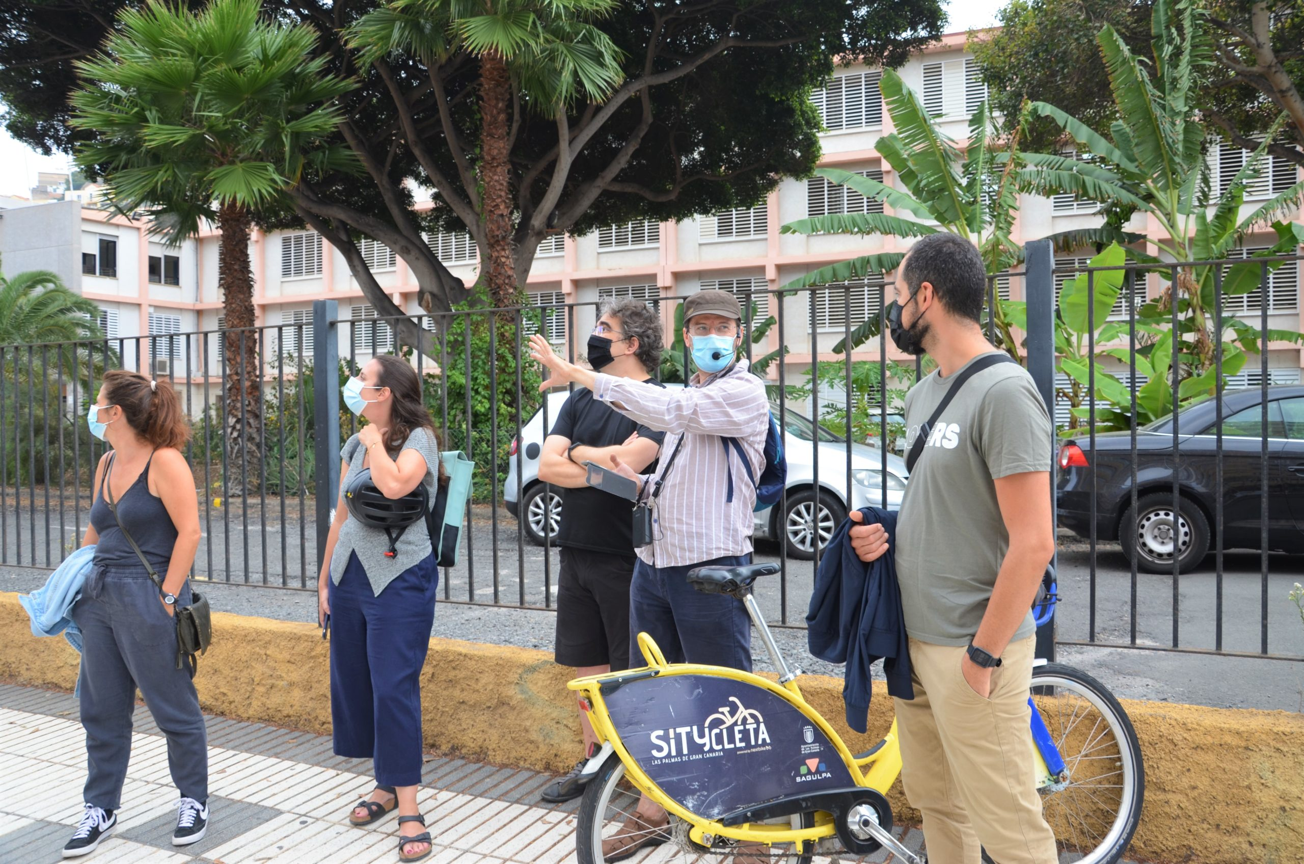 Los bicipaseos recorren la obra de Manuel Roca a través de rutas explicativas
